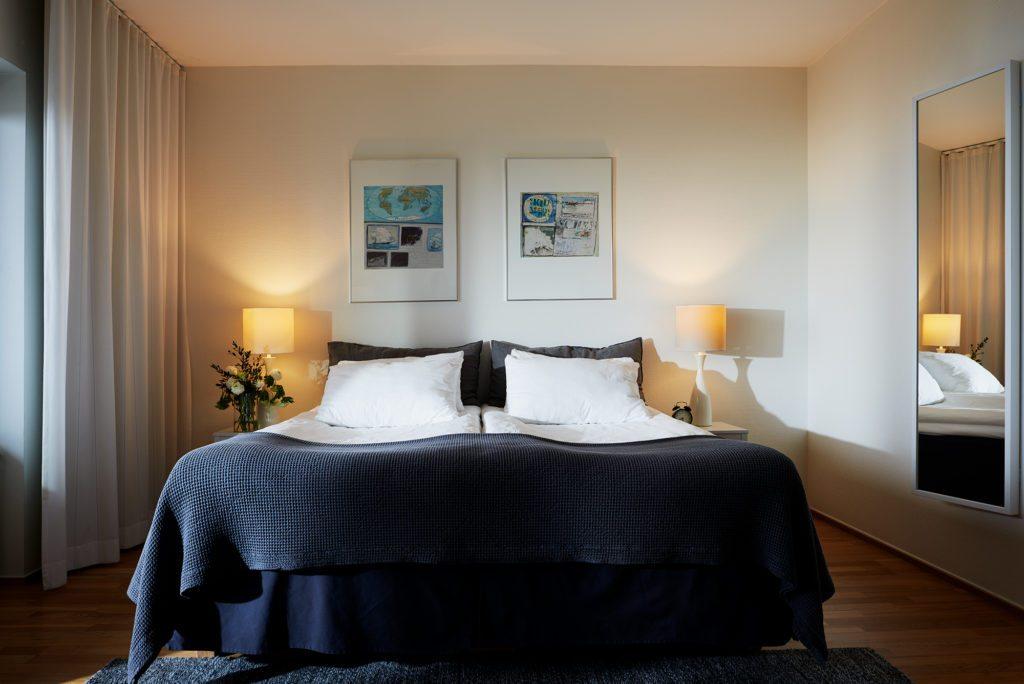 Kiviks Hotell dubbelrum med havsutsikt och balkong