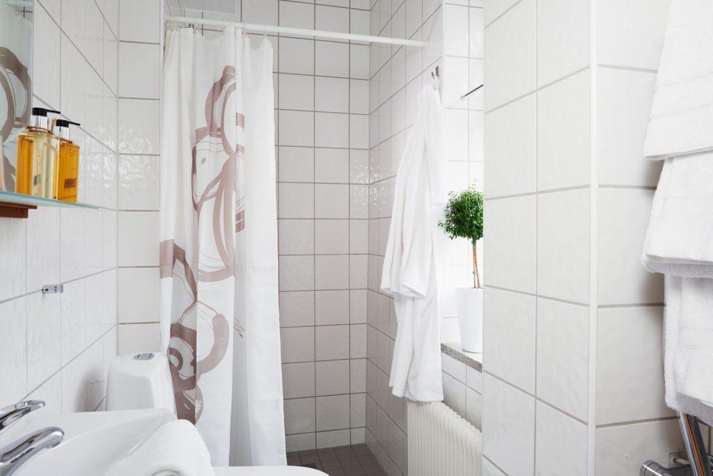 Kiviks-Hotell-rum-34-badrum-2
