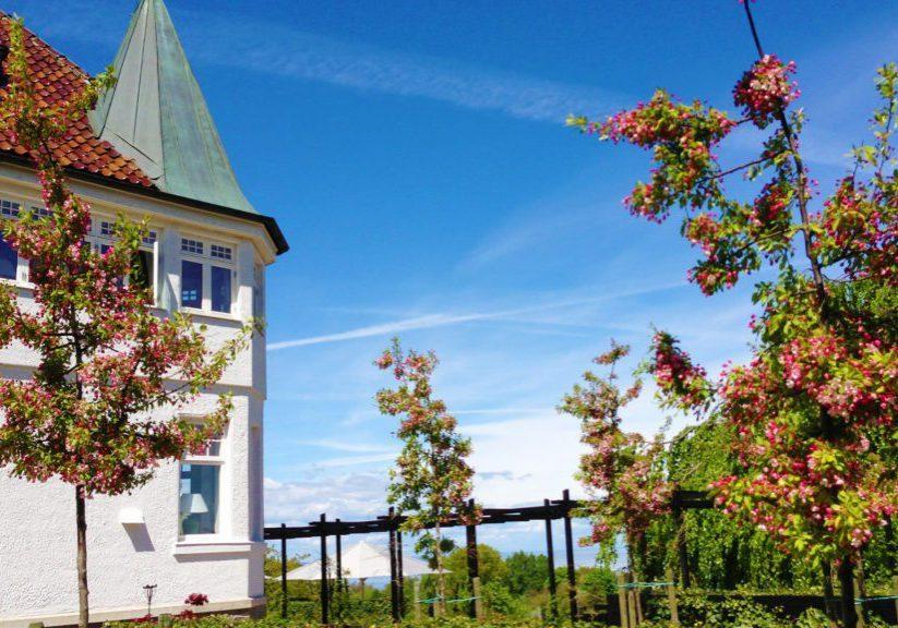 Kiviks-Hotell-vackert-torn